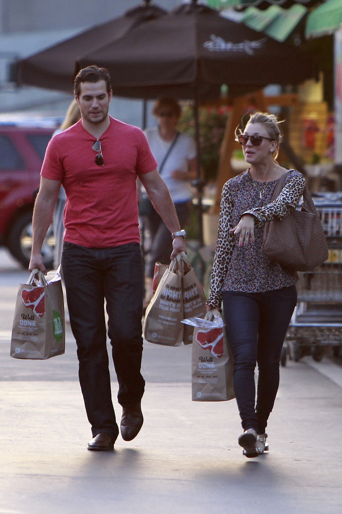 Henry Cavill and Kaley Cuoco Shop at BevMo! - Zimbio