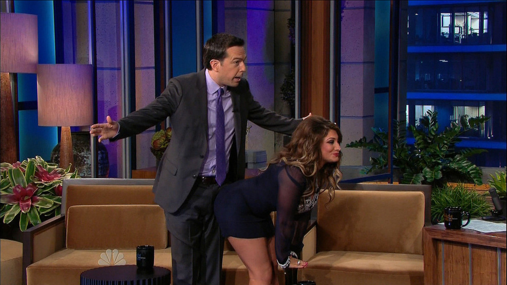 Video Of The Day Deena Nicole Cortese Grinds On Ed Helms Video Of The Day Zimbio