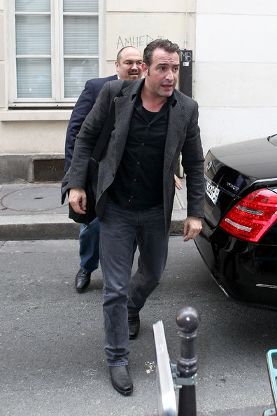 Jean dujardin photos photos jean dujardin arrives back for Dujardin nicolas