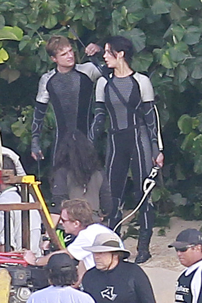 is peeta dating katniss Peeta and katniss interview scene in catching fire if you like this then please go check out my fan made katniss and peeta videos on my channel they are my.