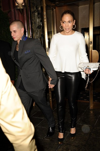 Jennifer Lopez And Her Toyboy Boyfriend Casper Smart