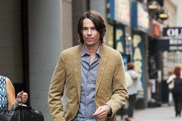 Jerry Trainor Jerry Trainor Takes a Walk in New York City
