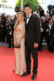 Jelena Ristic wore her hair in a formal ponytail for this movie premiere.