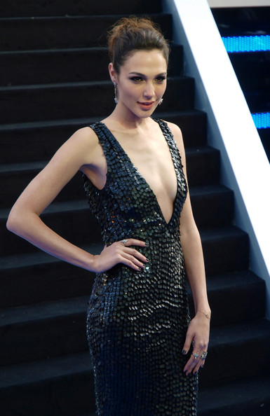 Gal Gadot is the New Wonder Woman (Sexy Pics and Husband