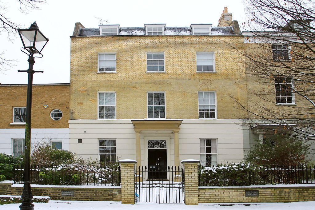 Jude Law And Sienna Miller Purchase Home In London Zimbio