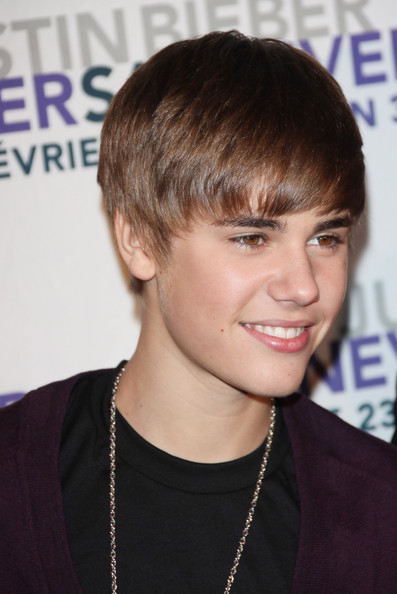 justin bieber never say never movie premiere. Justin Bieber arriving at the