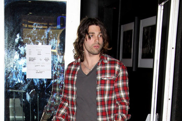 Justin Gaston Justin Gaston Leaves Roxy's