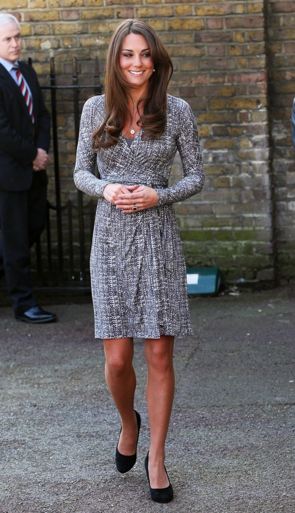 BEHOLD: Kate Middleton's Baby Bump Is Showing (Finally!)
