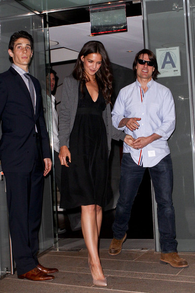 Tom Cruise And Katie Holmes Dine With Bailee Madison