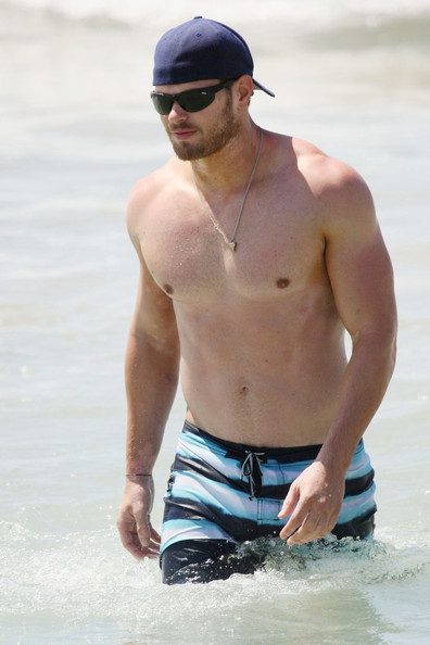 Kellan Lutz - Kellan Lutz and Sharni Vinson in Sydney