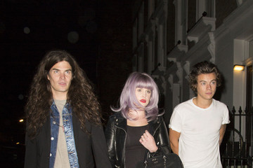 Kelly Osbourne Matthew Mosshart Harry Styles Out with Pals in London
