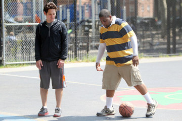 Kenan Thompson Stars on the Set of 'They Came Together'