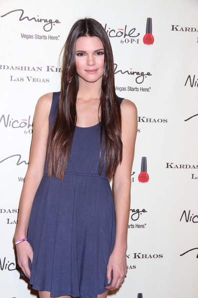 Kendall Jenner - The Kardashians Open a New Store