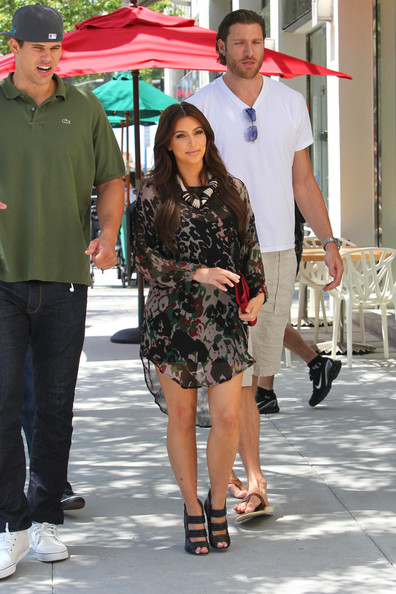 Kim Kardashian Kim Kardashian spotted on her way to a restaurant in Beverly Hills with fiancee, NBA star Kris Humphries. She can be seen wearing her new engagement ring which is rumored to have cost upwards of two million dollars, about half the price of her Beverly Hills mansion.