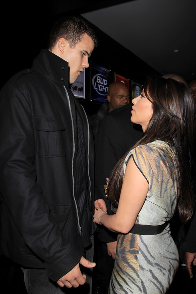Kim Kardashian and boyfriend Kris Humphries get close at an NBA All-Star Game after party hosted by her sister Kloe at Club Nokia