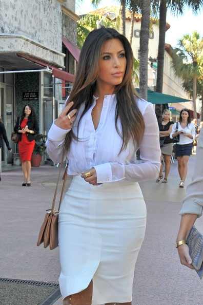 Kim+Kardashian in The Kardashians in Miami Beach