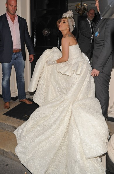 Lady gaga photos photos flamboyant pop star lady gaga for White dress after wedding