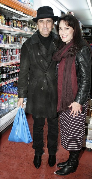 legendary spooky shock rocker alice cooper gets ready for halloween as he shops at a