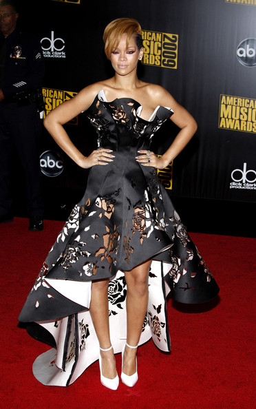 Rihanna,in a black cut-out Marchesa gown,  at the 2009 American Music Awards held at the Nokia Theater, Los Angeles.