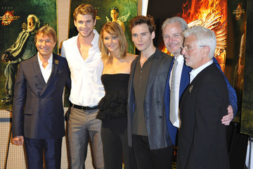 Liam Hemsworth Sam Claflin 'The Hunger Games' Stars Pose in Cannes