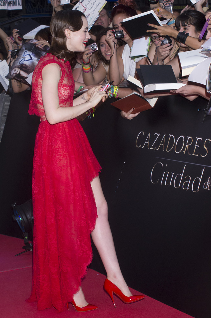 Celebrities Lily Collins