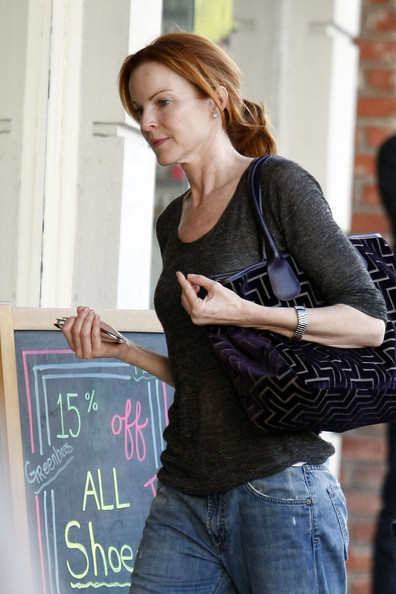 http://www1.pictures.zimbio.com/pc/Marcia+Cross+Desperate+Housewives+actress+b6bHQOMOzlsl.jpg?36838PCN_Cross01