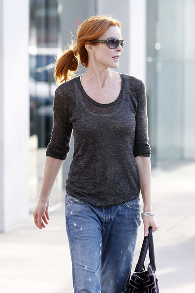 http://www1.pictures.zimbio.com/pc/Marcia+Cross+Desperate+Housewives+actress+hx5AUkDJ-eMl.jpg?36838PCN_Cross05