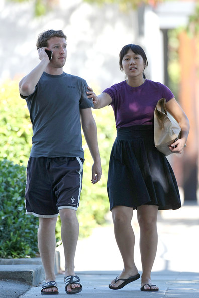 Mark Zuckerberg His Girlfriend Photos
