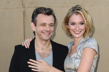 Michael Sheen Caitlin Fitzgerald Stars Attend the CW, CBS and Showtime 2013 Summer TCA Party