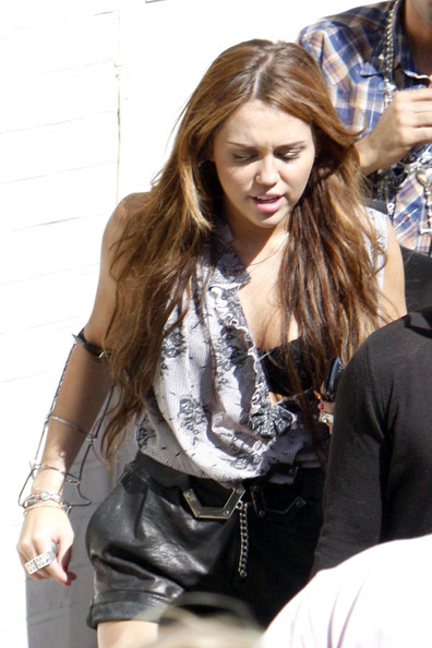 "Miley Cyrus Miley Cyrus suffers a wardrobe malfunction as she leave's London's Fountain Studios. The 17-year-old had been rehearsing for a live performance of her new single ""Can't Be Tamed"" for the popular TV show ""Britain's Got Talent""."