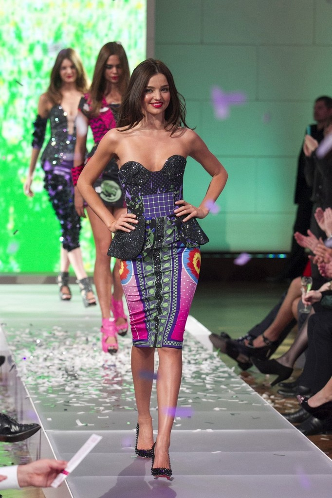 e81a9e200ec01 Miranda Kerr in Celebs at the David Jones Spring/Summer 2012 Show - Zimbio