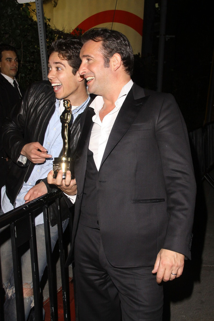 Celebs at the chateau marmont oscars after party zimbio for Dujardin oscar