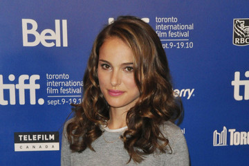 Natalie Portman Celebs at the Press Conference for 'Black Swan'