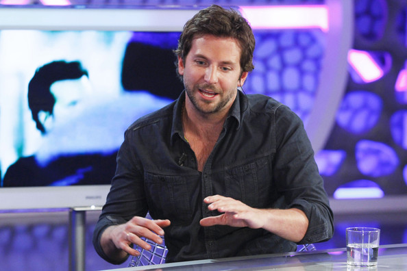 "A newly-single Bradley Cooper appears as a guest on ""El Hormiguero"" TV show in Madrid. Bradley recently split from his long term girlfriend, actress Renee Zellweger."