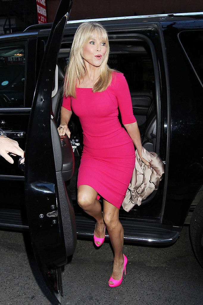brinkley singles While both brinkley and avenatti are single, it is likely they bonded over president trump brinkley previously claimed trump had made advances on her when he was still married to first wife.