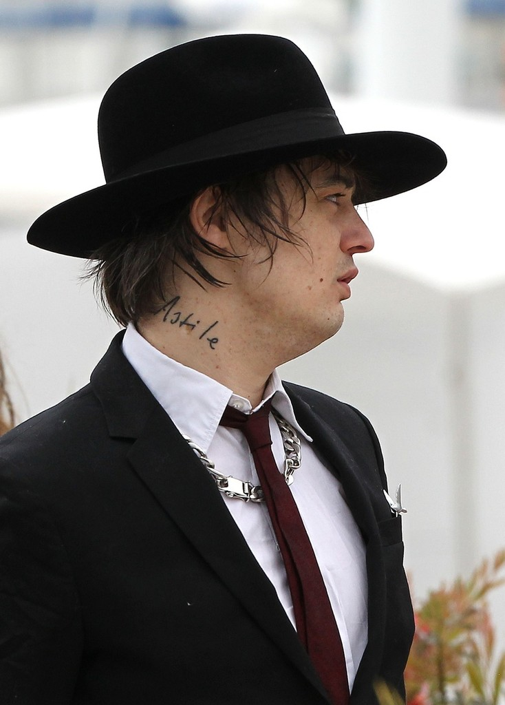 KATE MOSS BACK WITH PETE DOHERTY advise
