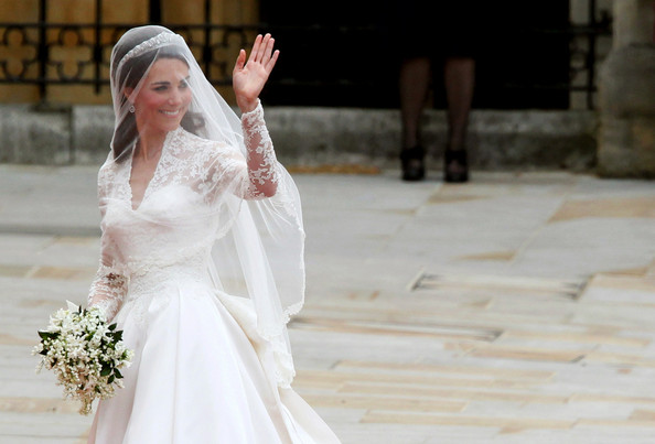 Designer on Kate\'s Wedding Dress: \'It Was The Experience of a ...