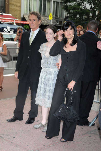 Phoebe cates and kevin kline photos the premiere of 39 the for Phoebe cates and kevin kline wedding photos