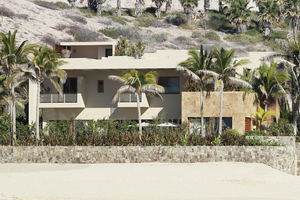 George Clooney S Rental Home In Cabo Zimbio