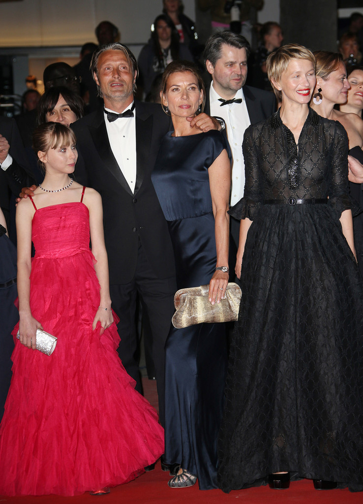 Mads Mikkelsen and Delphine Chuillot Photos Photos ...