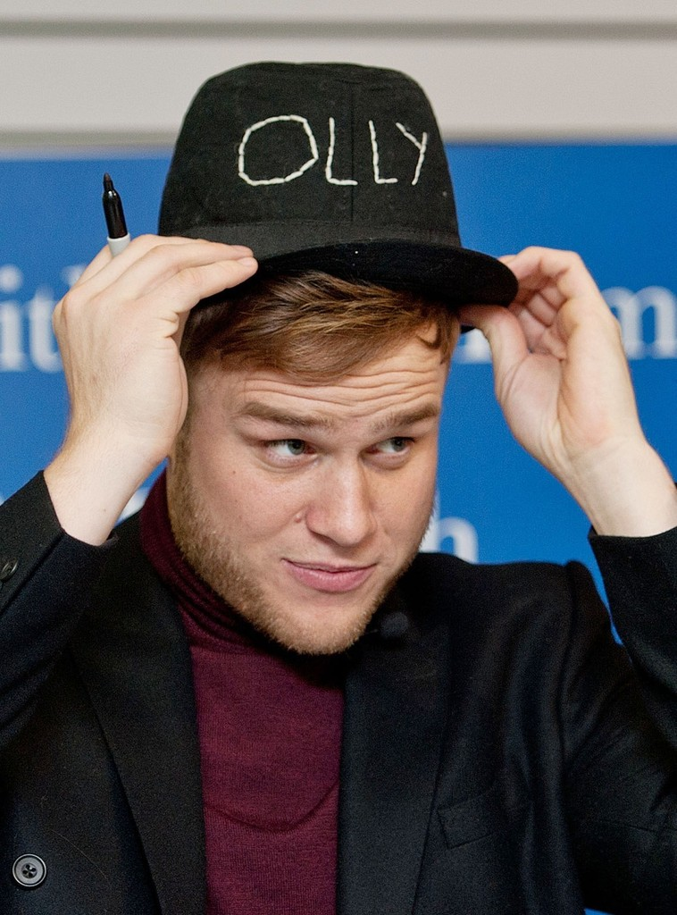 olly murs photos photos olly murs signs books in glasgow. Black Bedroom Furniture Sets. Home Design Ideas