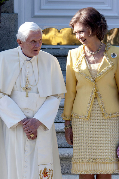 The Spanish Royal Family Welcomes Pope Benedict XVI to Madrid