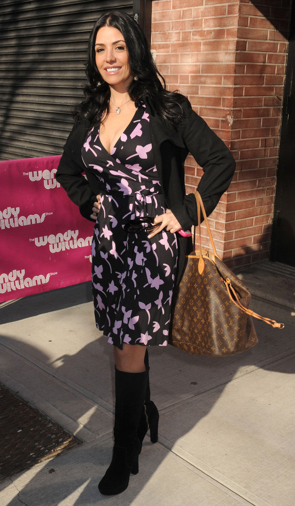 Mercedes Benz Midtown >> Ramona Rizzo Photos Photos - The Cast of 'Mob Wives' on ...