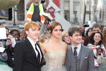 """Daniel Radcliffe Emma Watson The """"Harry Potter & The Deathly Hallows Part 2"""" World Premiere in Trafalgar Square"""