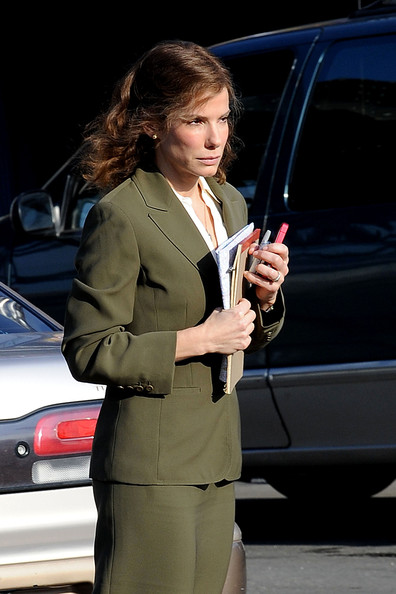 "Sandra Bullock is spotted on the set of her upcoming movie ""Extremely Loud and Incredibly Close"" in multiple outfits."