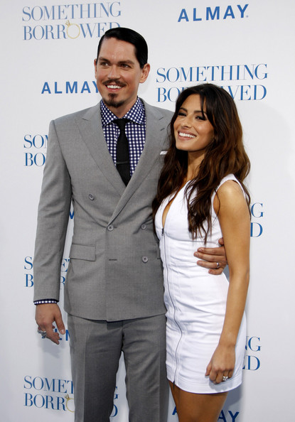sarah shahi and steve. Sarah Shahi Steve Howey and