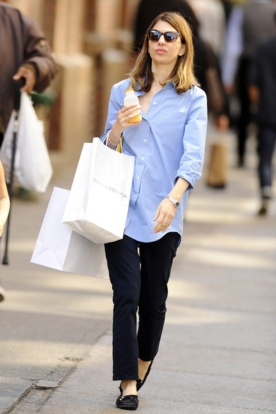 - Sofia Coppola Sofia Coppola Shops Daughter wg32E_wPDlSl