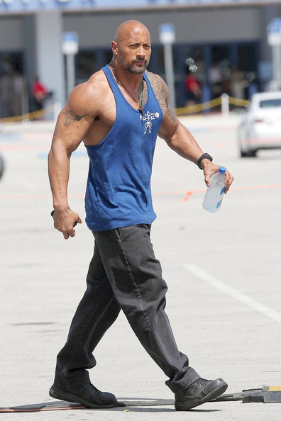 mark wahlberg and dwayne johnson on set   pictures