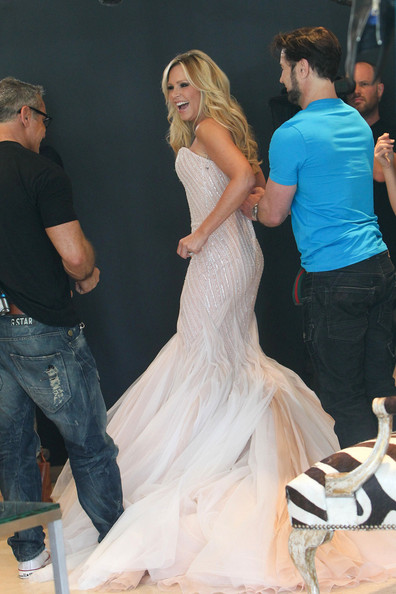 Orange County' does some wedding dress shopping at Mark Zunino in Los