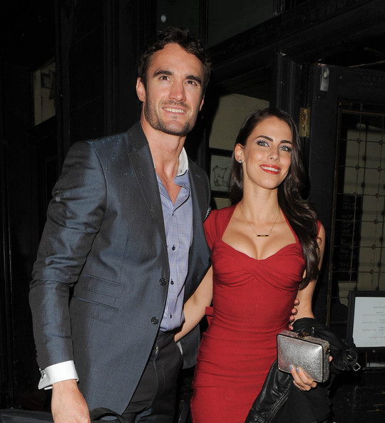 Thom Evans Photos Photos Jessica Lowndes Hangs Out With